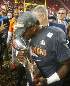 Todd Davis | Denver Broncos (Super Bowl 50 Champions) with Lombardi Trophy